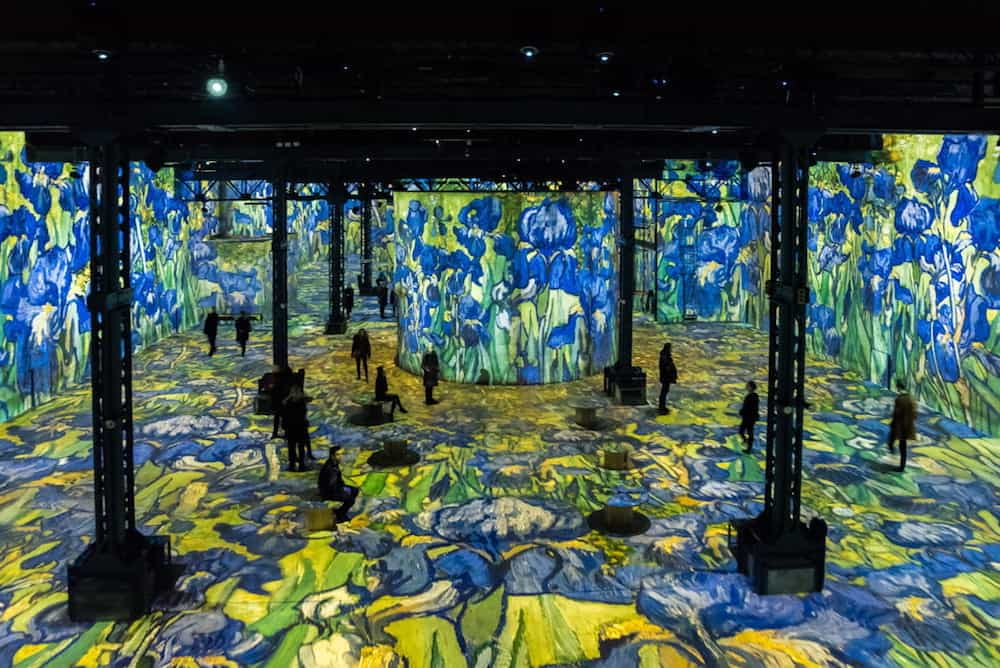 Atelier des Lumieres - French courses in Paris, Cannes and online with Skype